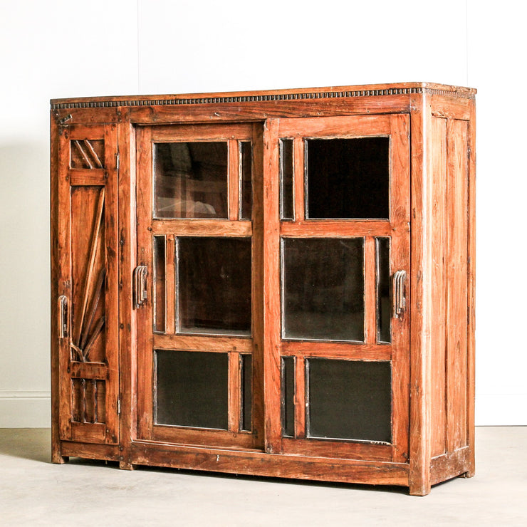 IFU1115-17 Glass Display Cabinet