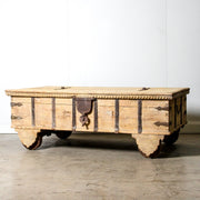 IFU1119-16 Vintage Indian Chest Coffee Table with Wheels