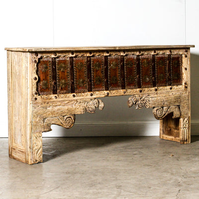 IFU1119-29 Indian Old Panel Console