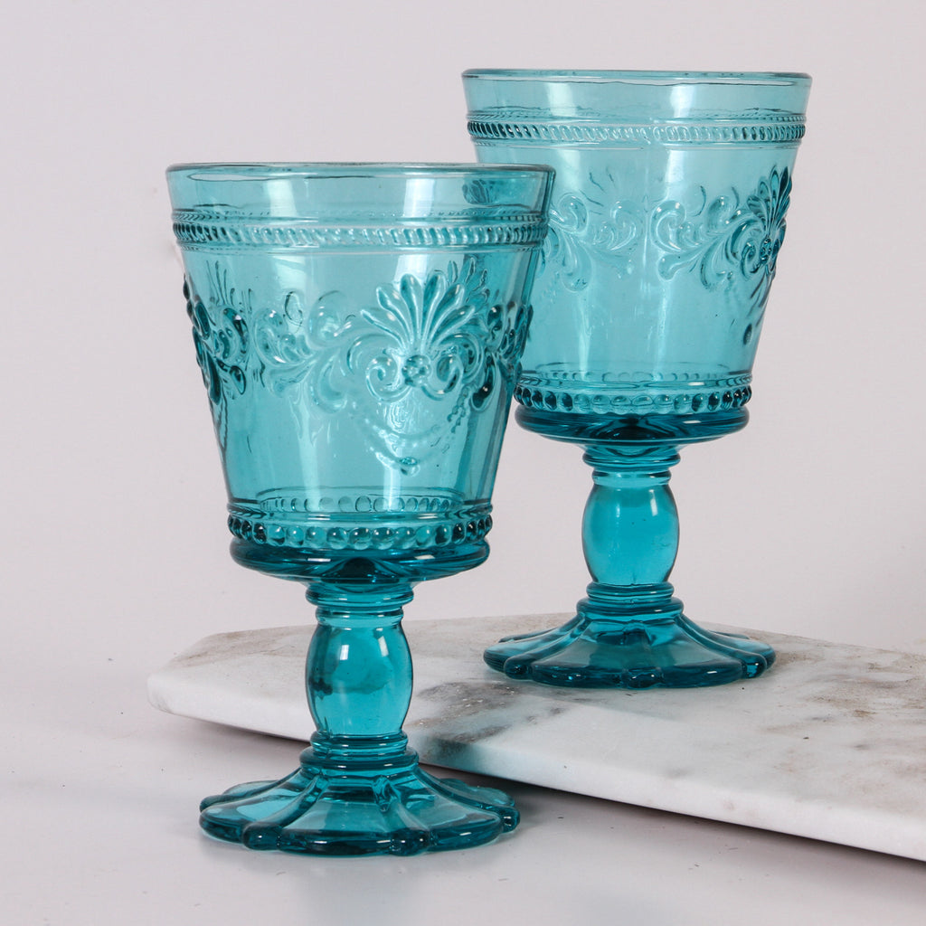 Courtyard Wine Glass Aqua