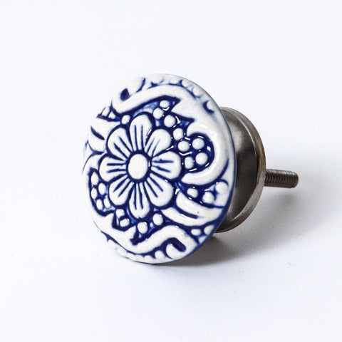 On a Vine Ceramic Knob