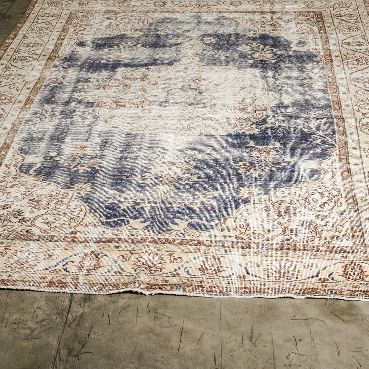 TURCA0920-24 Serap Vintage Turkish Carpet