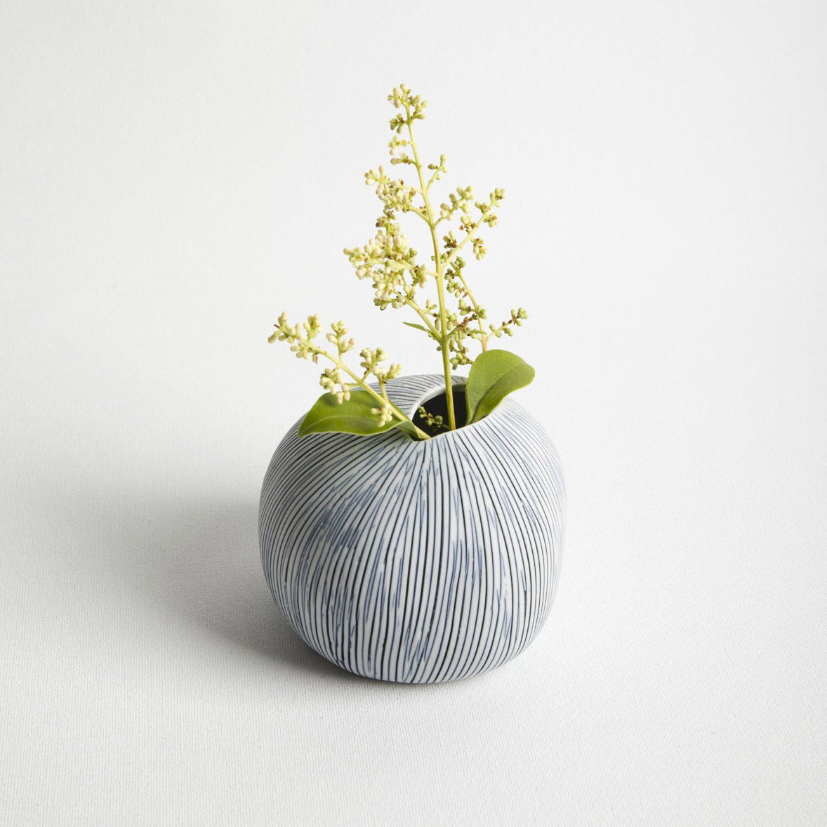 Pebble Vase- Picnic SF