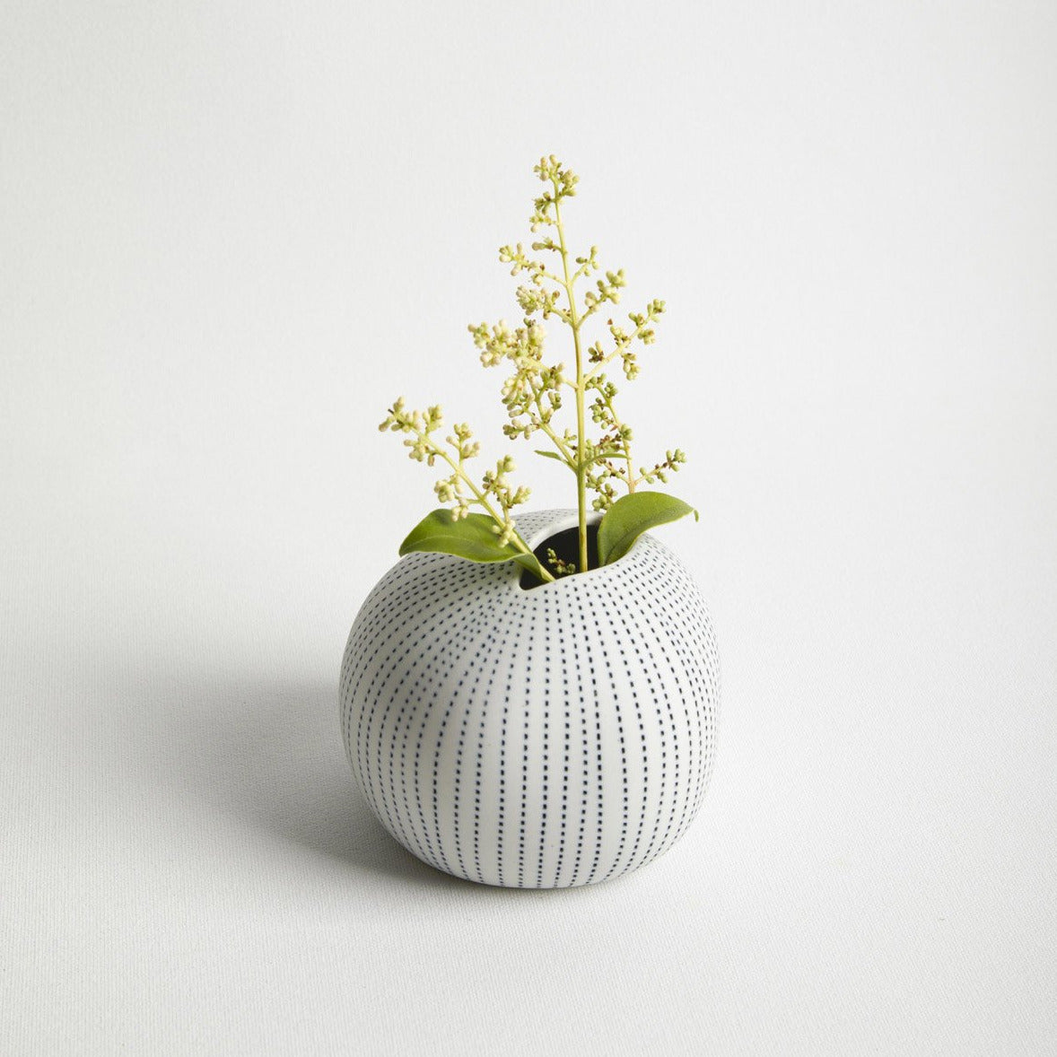 Pebble Vase -Picnic SF