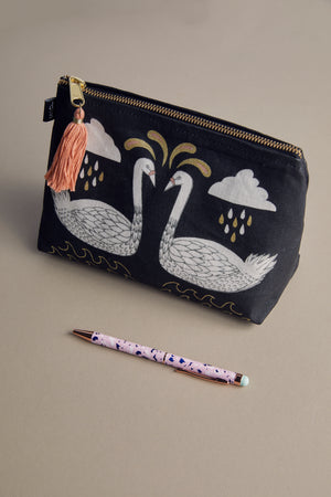 Wide Tale Linen Cosmetic Bag - P I C N I C