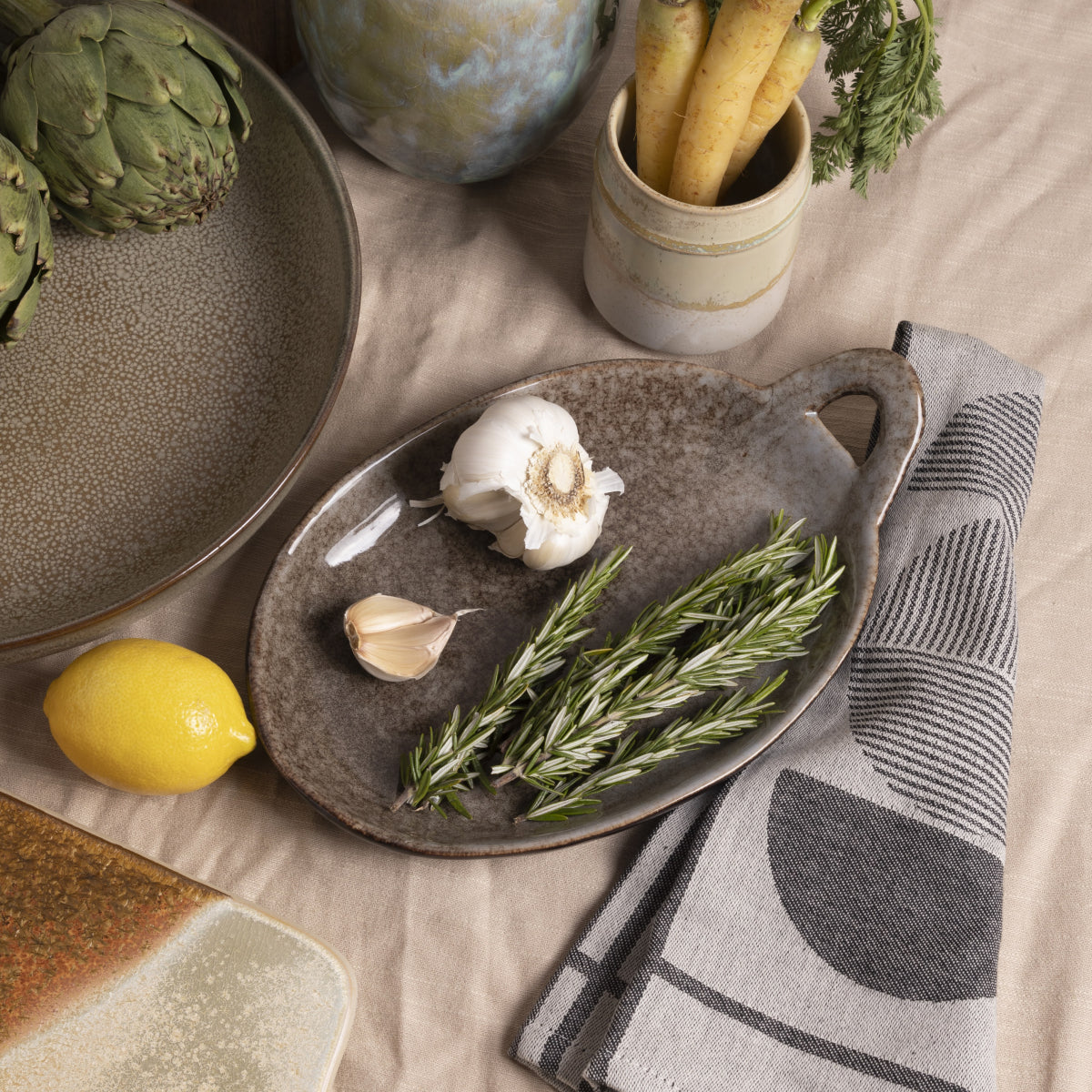 Marius Oval Stoneware Platter with Handle- PICNIC SF