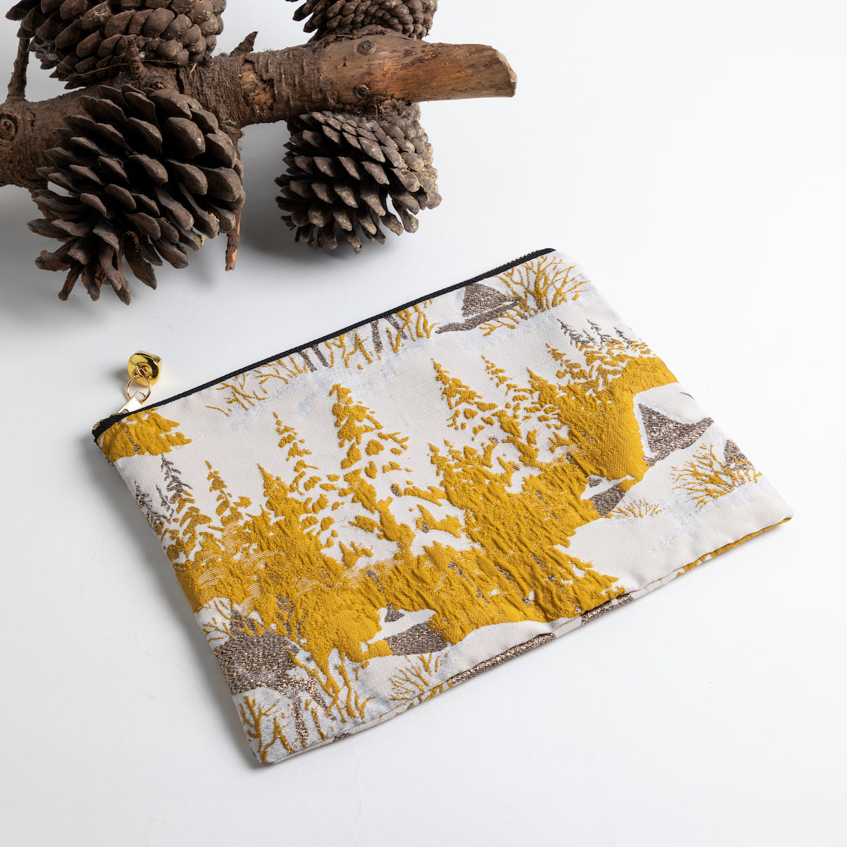 Jingle Bell Zip Pouch Large- Picnic SF