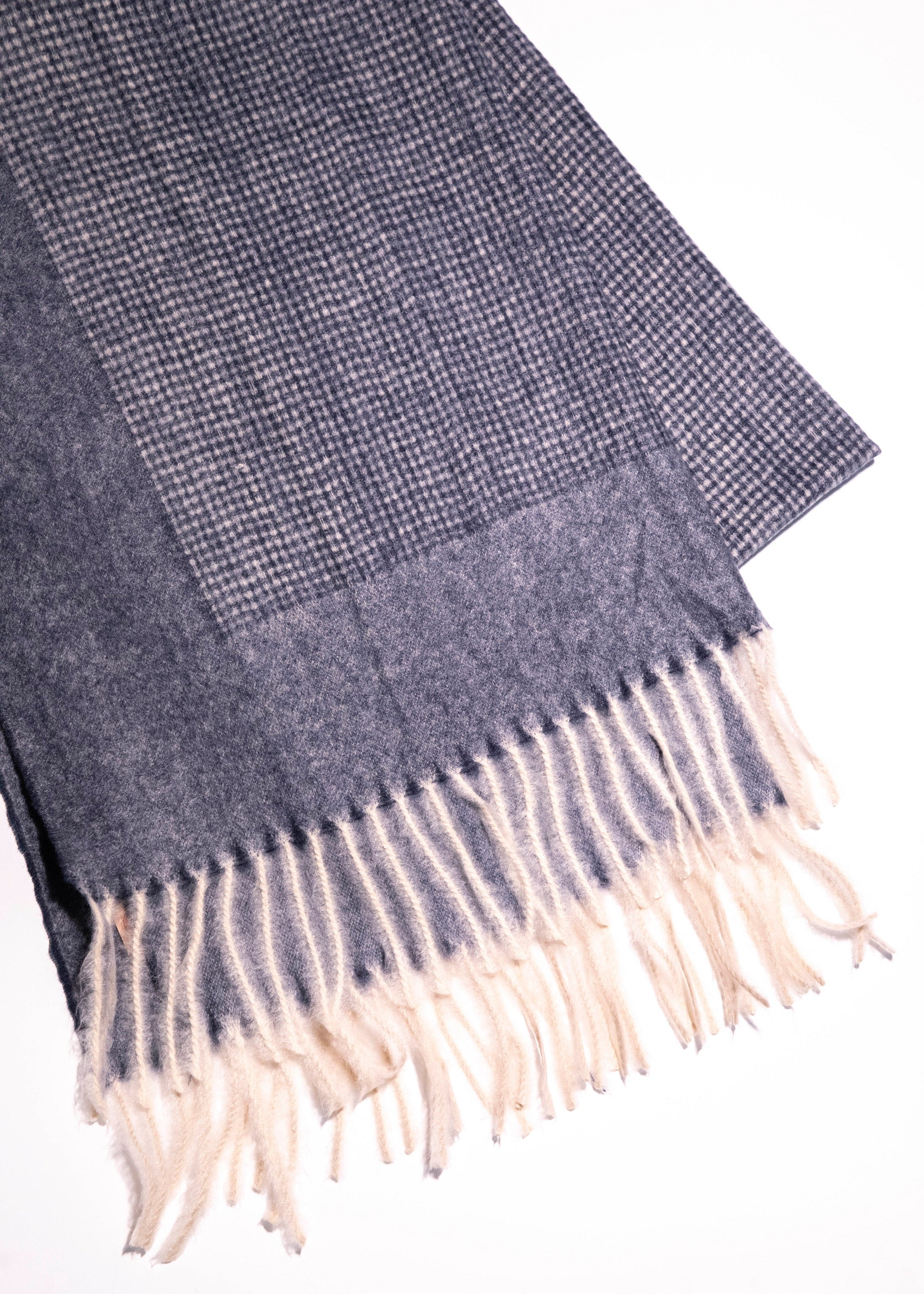 Bordered Tweed Cozy Scarf - picnic-sf