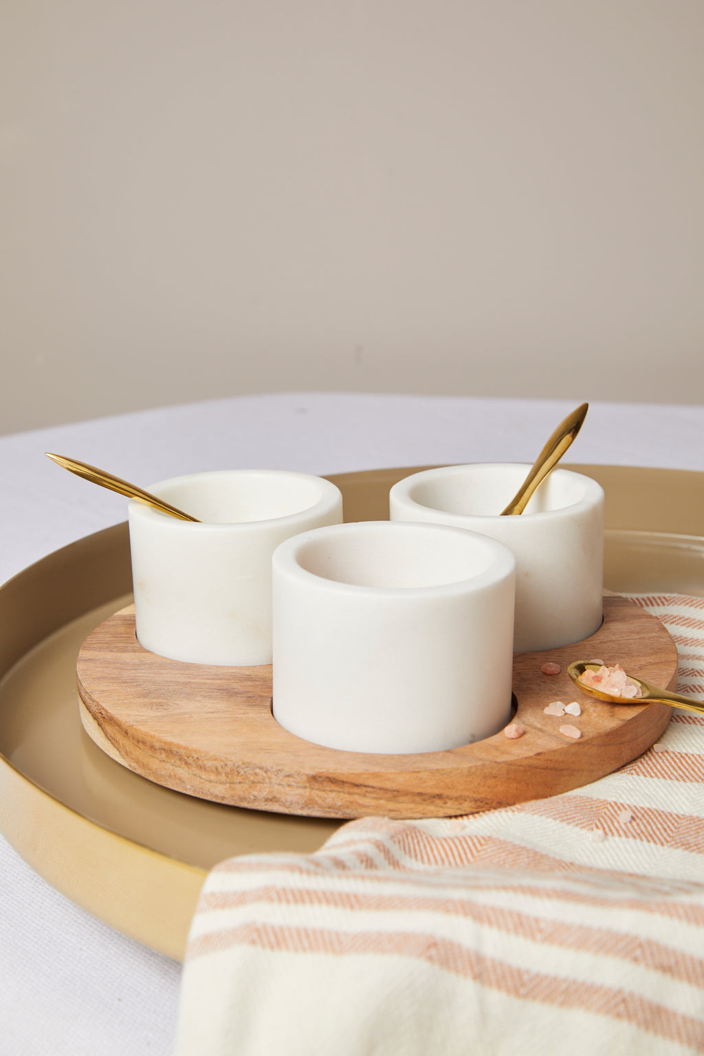Round Acacia Wood Board with 3 Marble Pinch Pots & Brass Spoons Set - picnic-sf