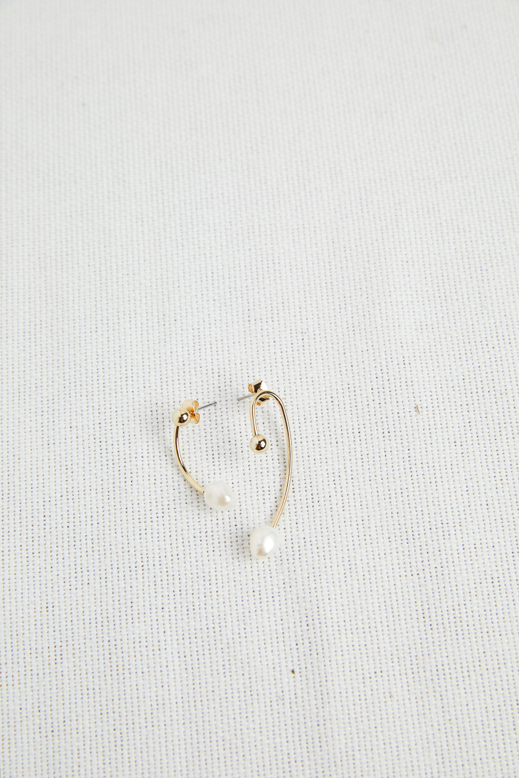 Mismatched Pearl Earrings - picnic-sf