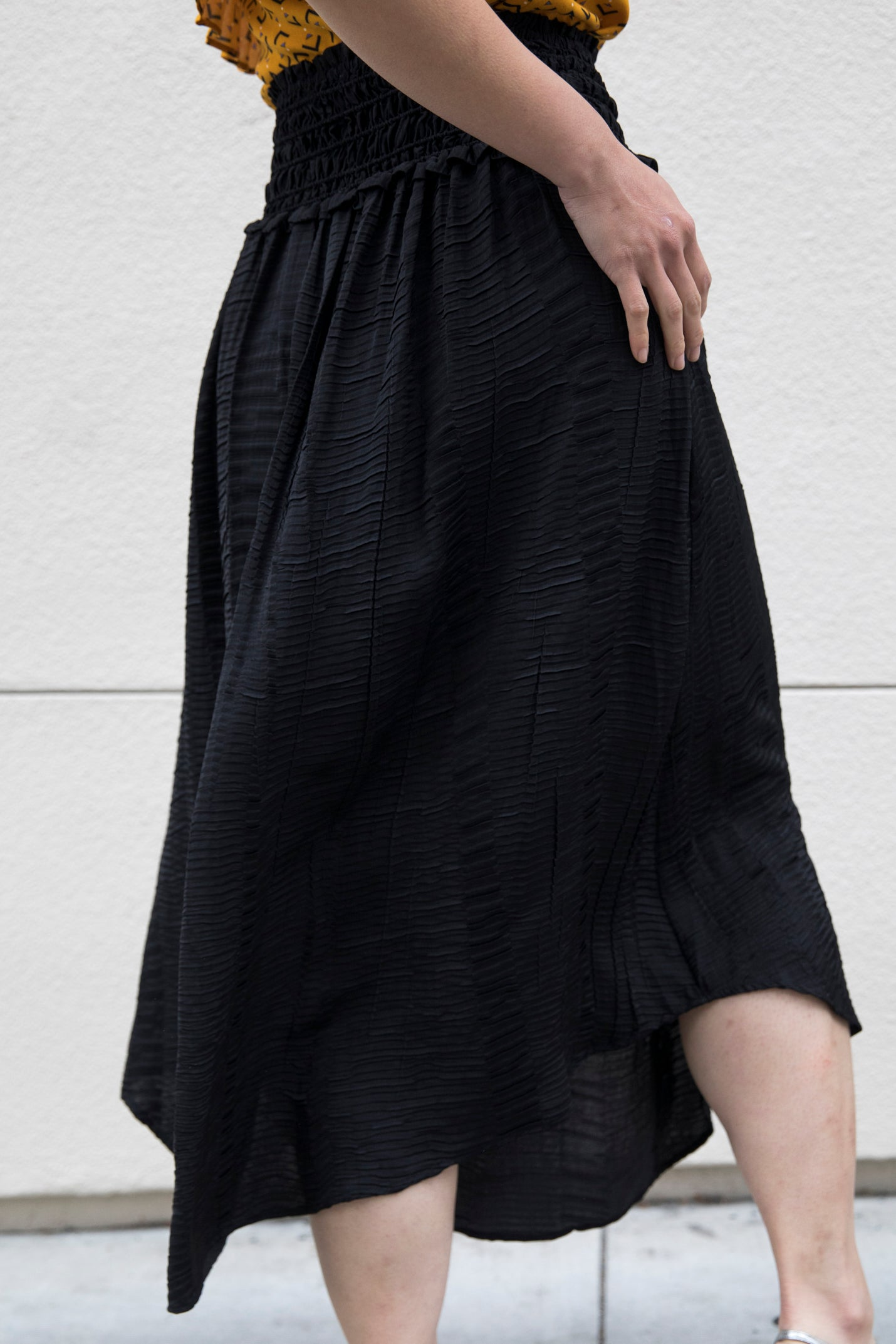 Black Plisse Smocked Midi Skirt - picnic-sf