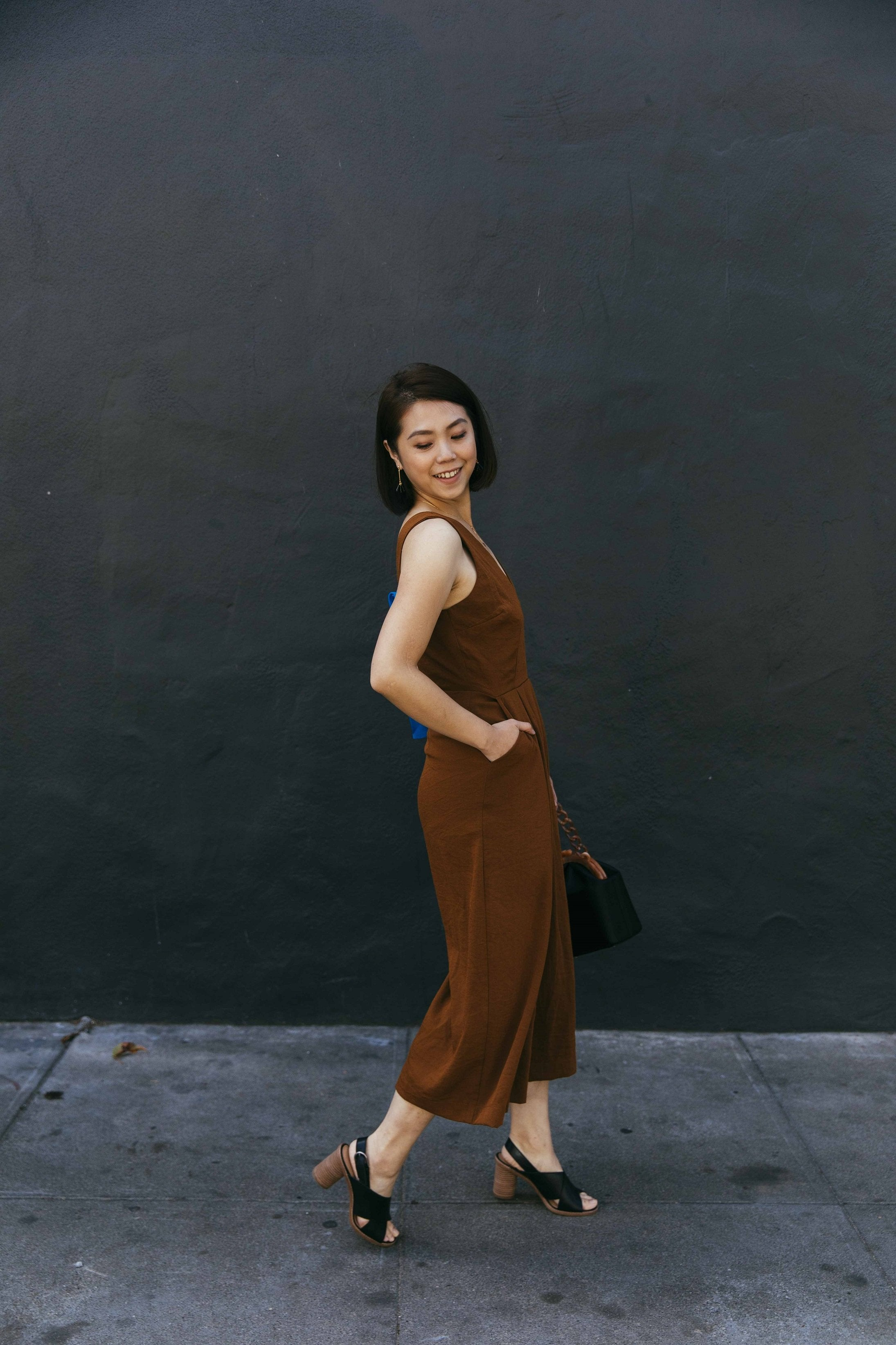 Back Tie Sleeveless Wide Leg Jumpsuit - picnic-sf