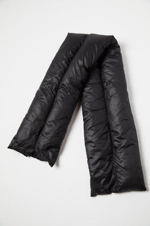 Black Short Puffer Quilted Scarf - P I C N I C