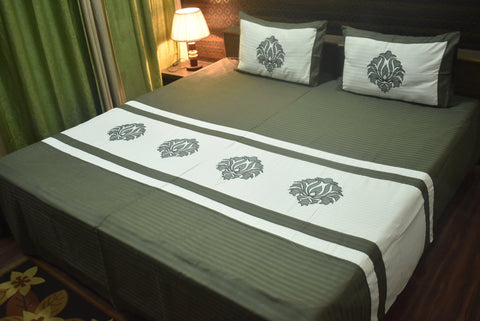 Fabby Royal Designer kingsize Embroider Bedsheet