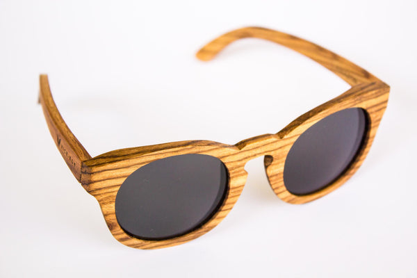 Vice-Roy Amazon Sunglasses in Zebra Wood. Black Polarized Lenses. Front Right Oblique.
