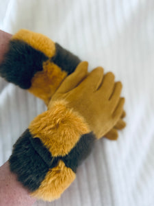 Faux fur cuff gloves Mustard