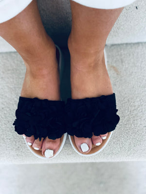 Valerie Sandals Black