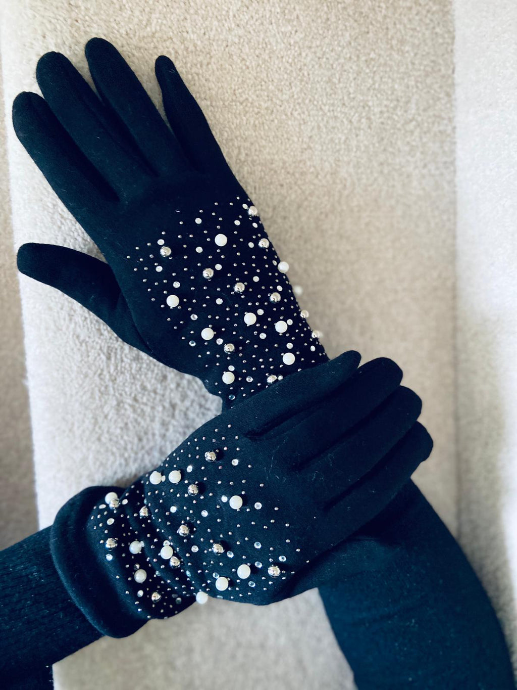 Pearl Gloves Black