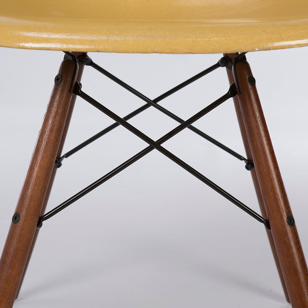 Closed up view of Light Ochre Herman Miller Vintage Original Eames DSW Side Shell Chair
