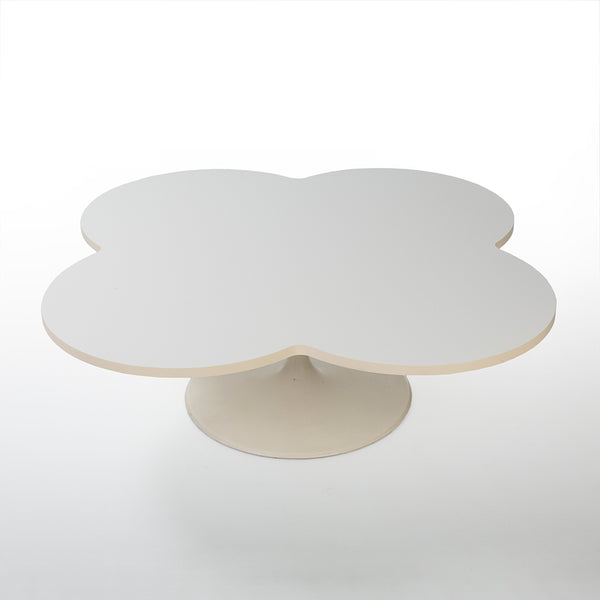 Top front view of Kho Liang Le 825 Flower coffee table