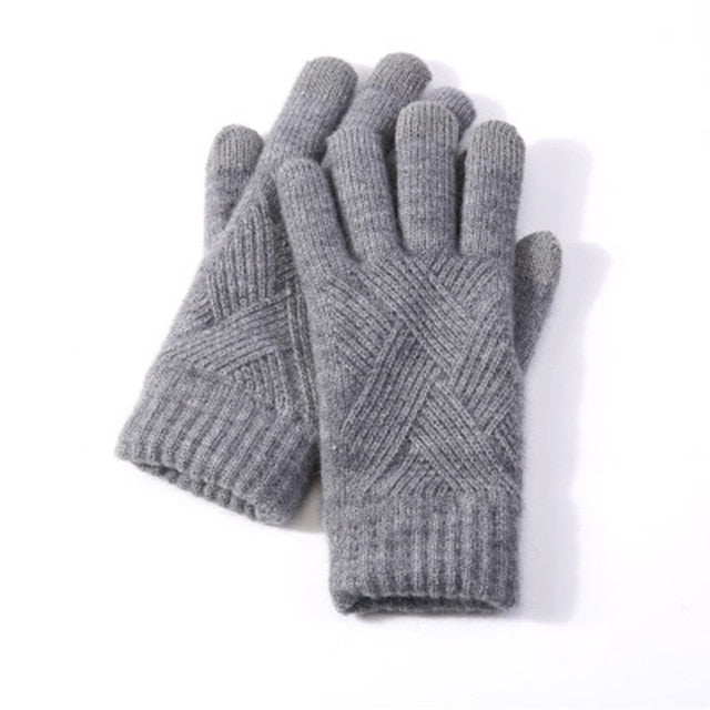Knitted Gloves.