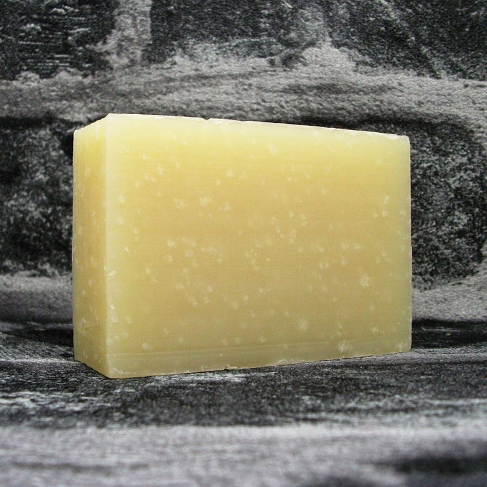 Friendly Lavender & Geranium Shampoo Bar Unwrapped - Adam & Eco