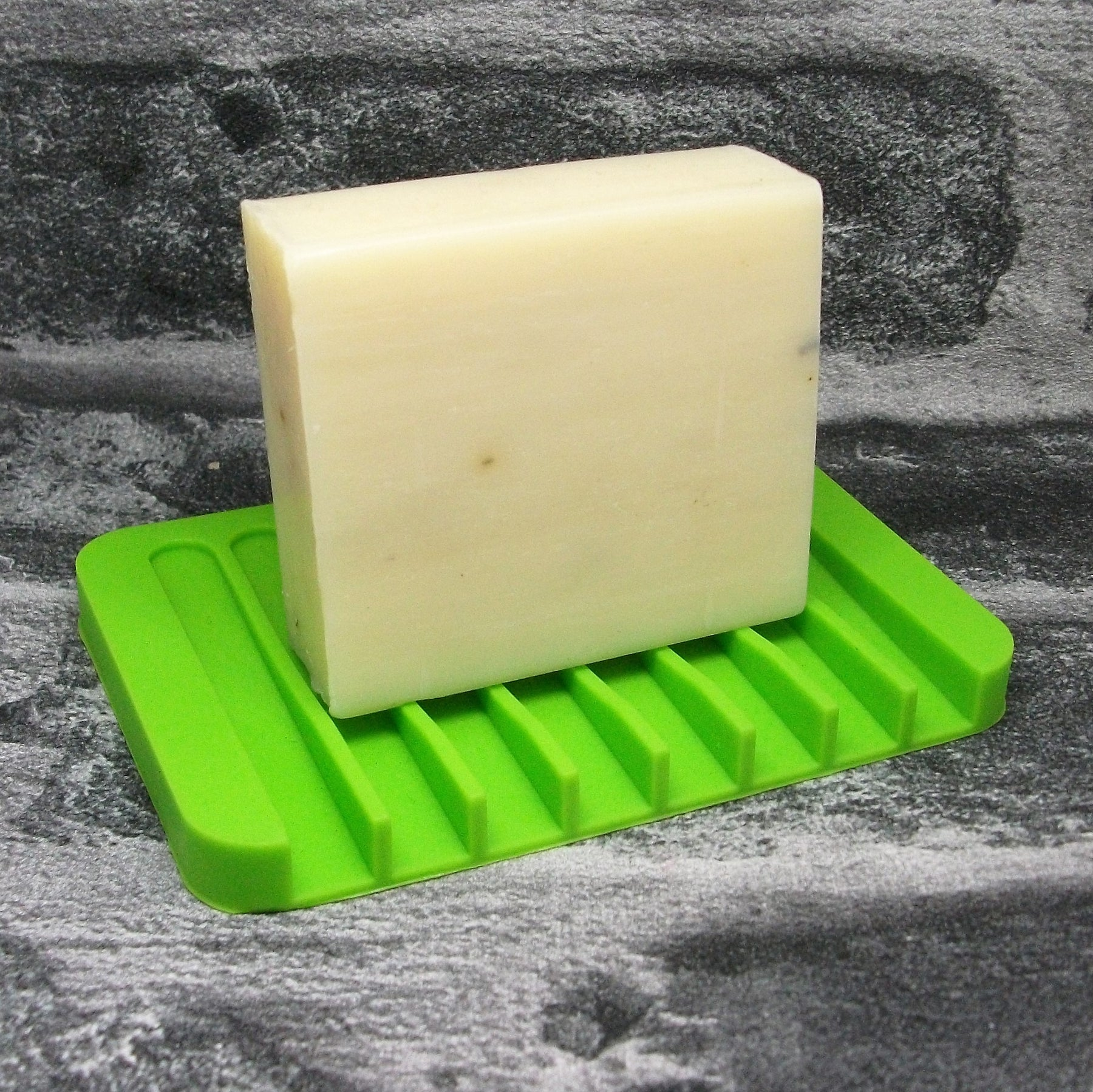 Green Silicone Soap Dish - Adam & Eco