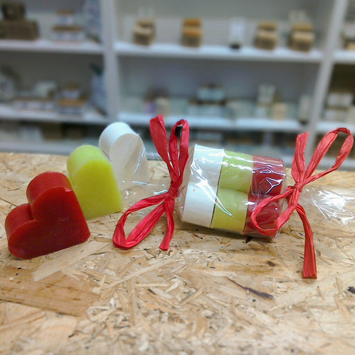 Plastic Free Mini Soap Christmas Crackers With 3 Mini Soap Bars