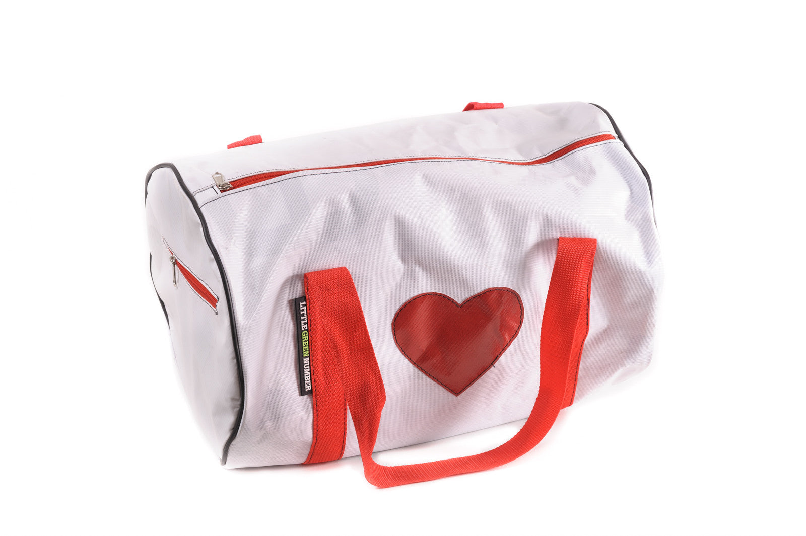 Weekender bag with heart applique little green number