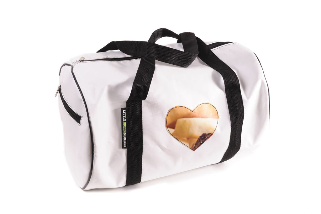Weekender bag with heart Applique