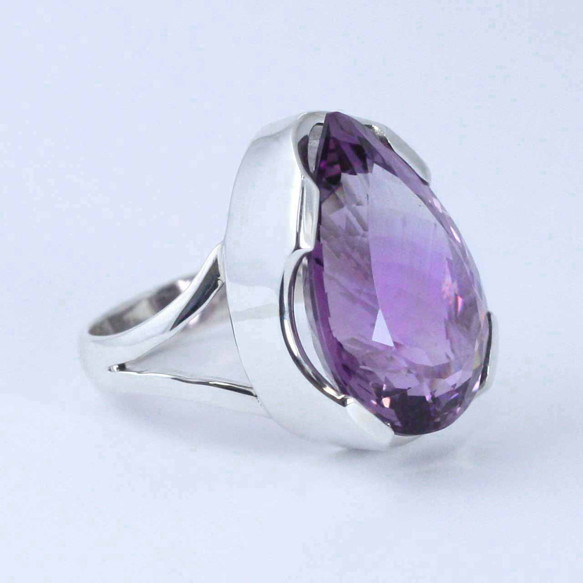 Amethyst Teardrop Gemstone Ring
