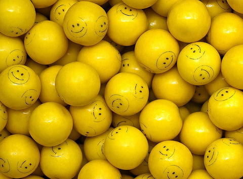CONCORD SMILEY FACE GUMBALLS