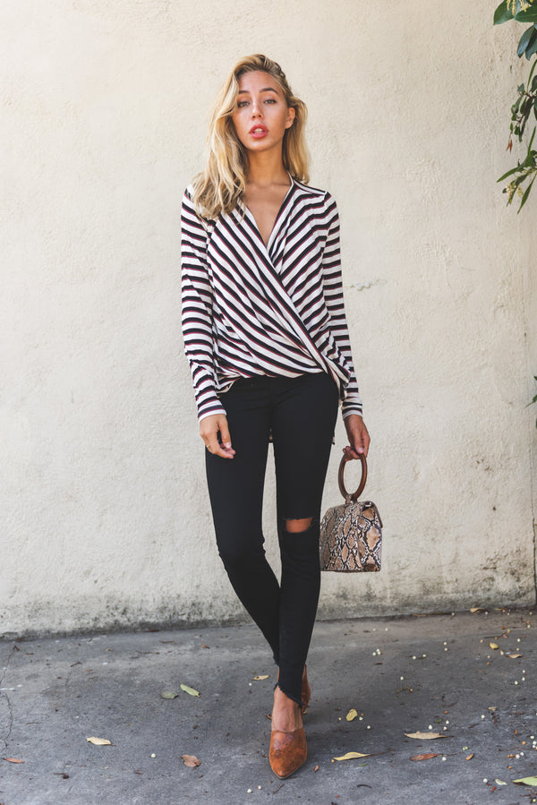 VMKIA HONIE STRIPE LS WRAP TOP JRS