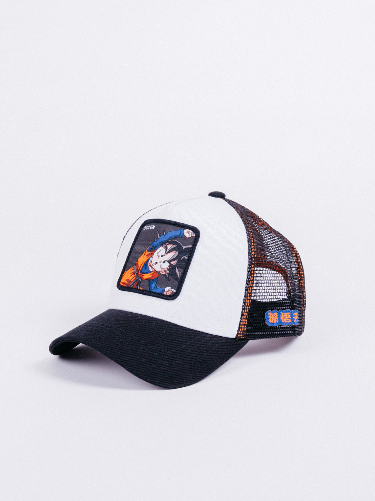 gorra capslab dragon ball z goten trucker black white visera curva bola de dragon