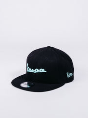 NEW ERA 9FIFTY VESPA ESSENTIALS 950 SNAPBACK