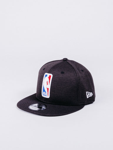 gorra NEW ERA 9FIFTY NBA League Logo Shadow Tech Snapback visera plana logo liga nba baloncesto