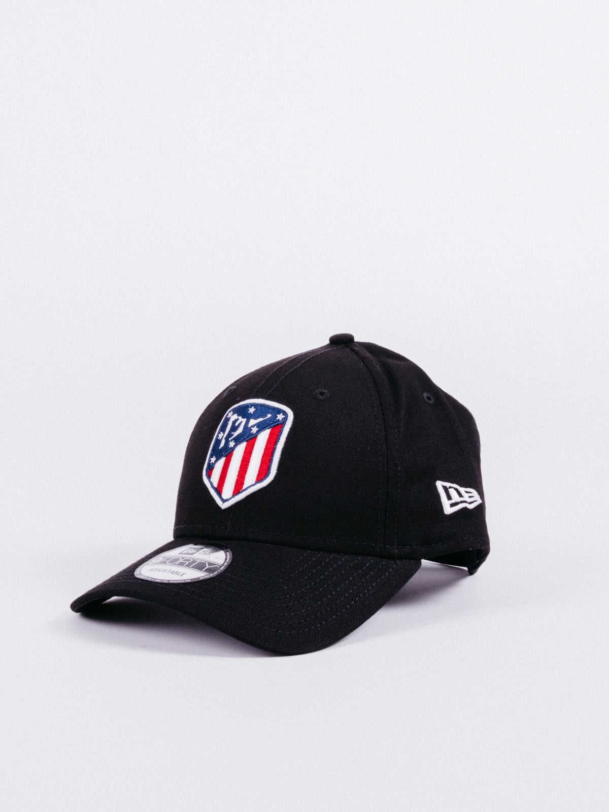 gorra NEW ERA x Atlético de Madrid 9Forty Dad Hat Black visera curva fútbol ajustable