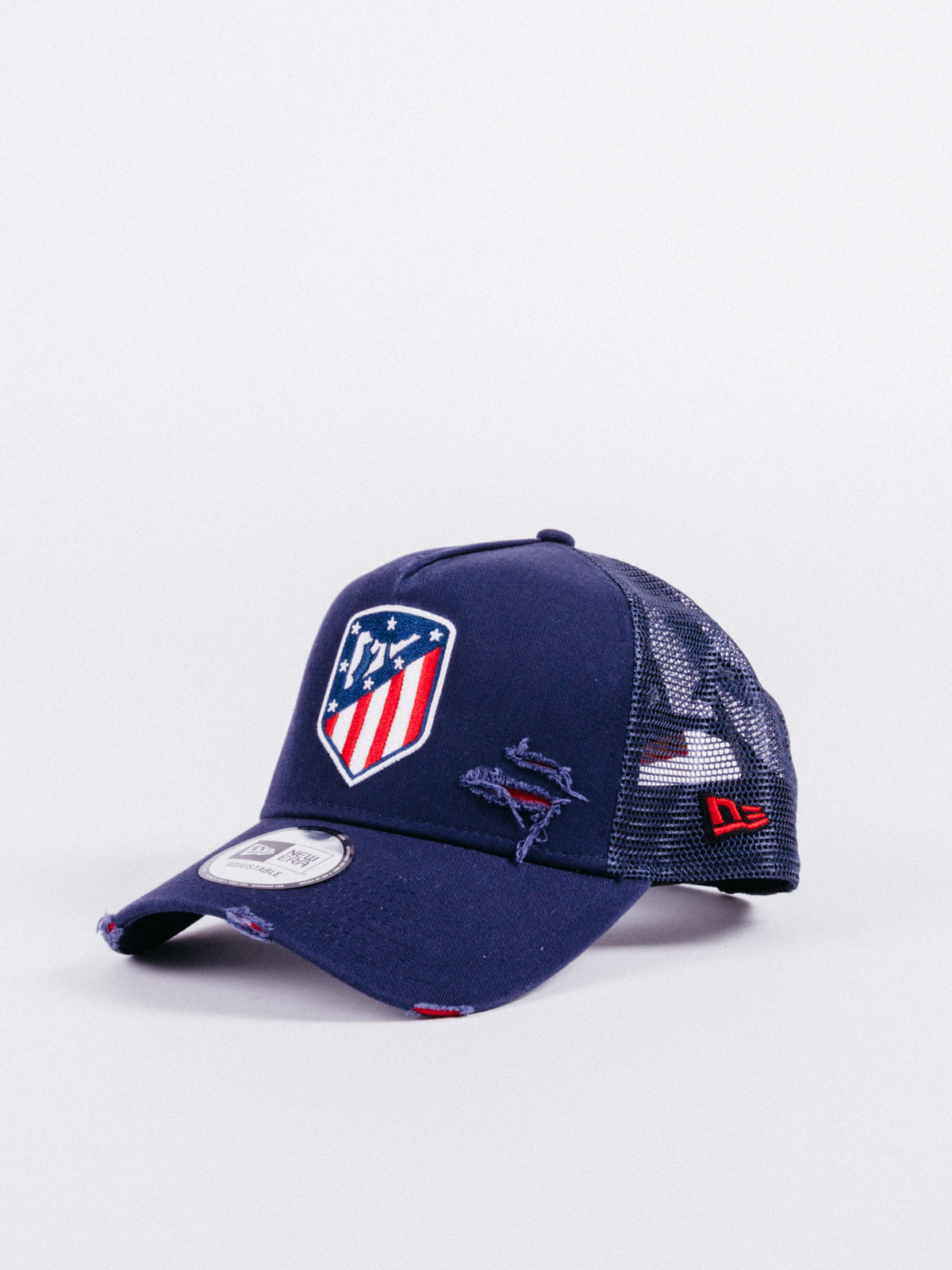 x Atlético de Madrid Distressed Adjustable Trucker Navy