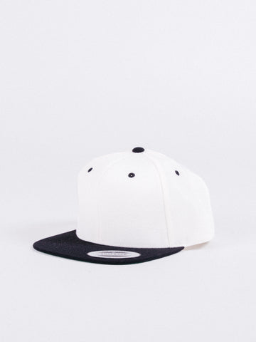Basic White Black Snapback