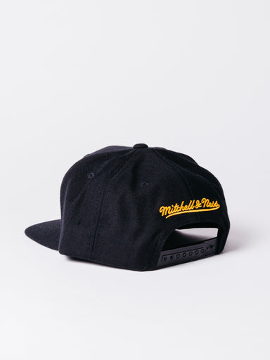 Los Angeles Lakers wool solid snapback