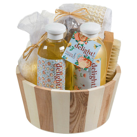 a Delight! Two tone natural wood round basket spa set - Freida & Joe