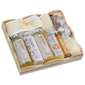 Delight Spa Gift Set With Many Skin Care Products: Shower Gel, Body Lotion & More - Freida & Joe