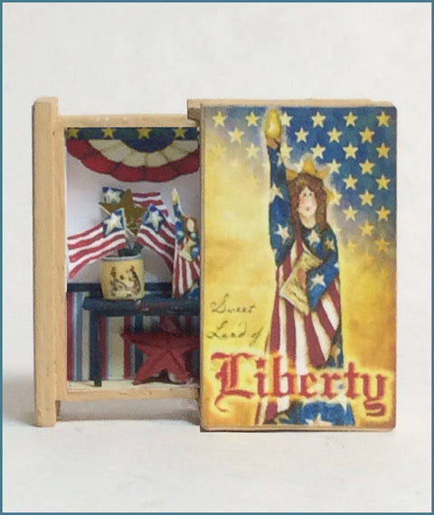 Teeny Weeny Secret Book - Lady Liberty