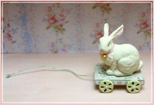 "1"" Bunny Pull Toy"