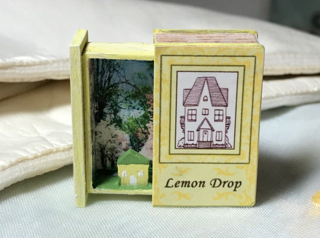 Teeny Weeny Secret Book - Lemon Drop