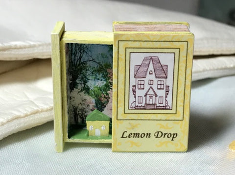 RETIRED - LIMITED AVAILABILITY Teeny Weeny Secret Book - Lemon Drop