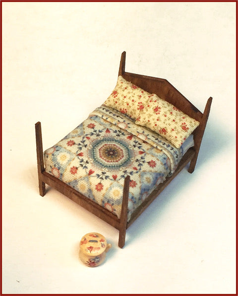 CRANBERRY COTTAGE - FOUR POSTER BED & CHAMBER POT