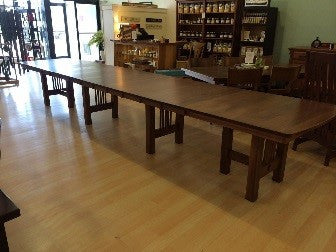 Hartford Trestle dining table
