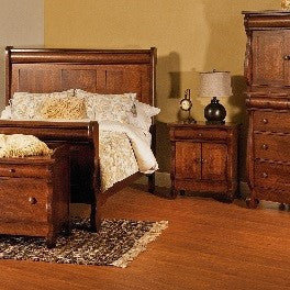 Old Classic Sleigh Bedroom set