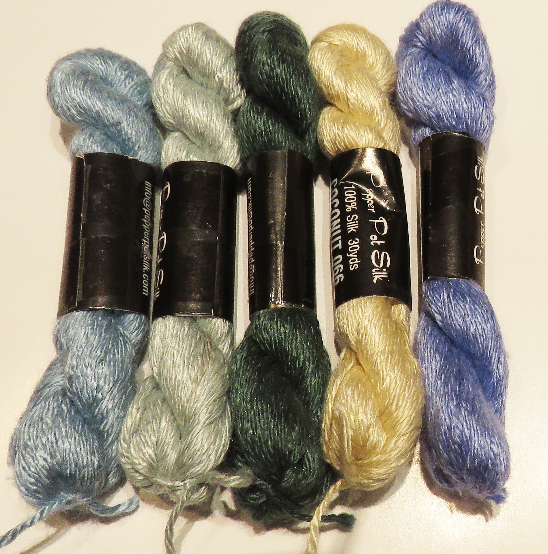 THREAD BUNDLE #28 - Exquisite Silk Perle